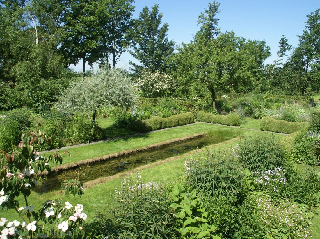 BB de Heerlijkheid Ruinerwold Drenthe Tuin