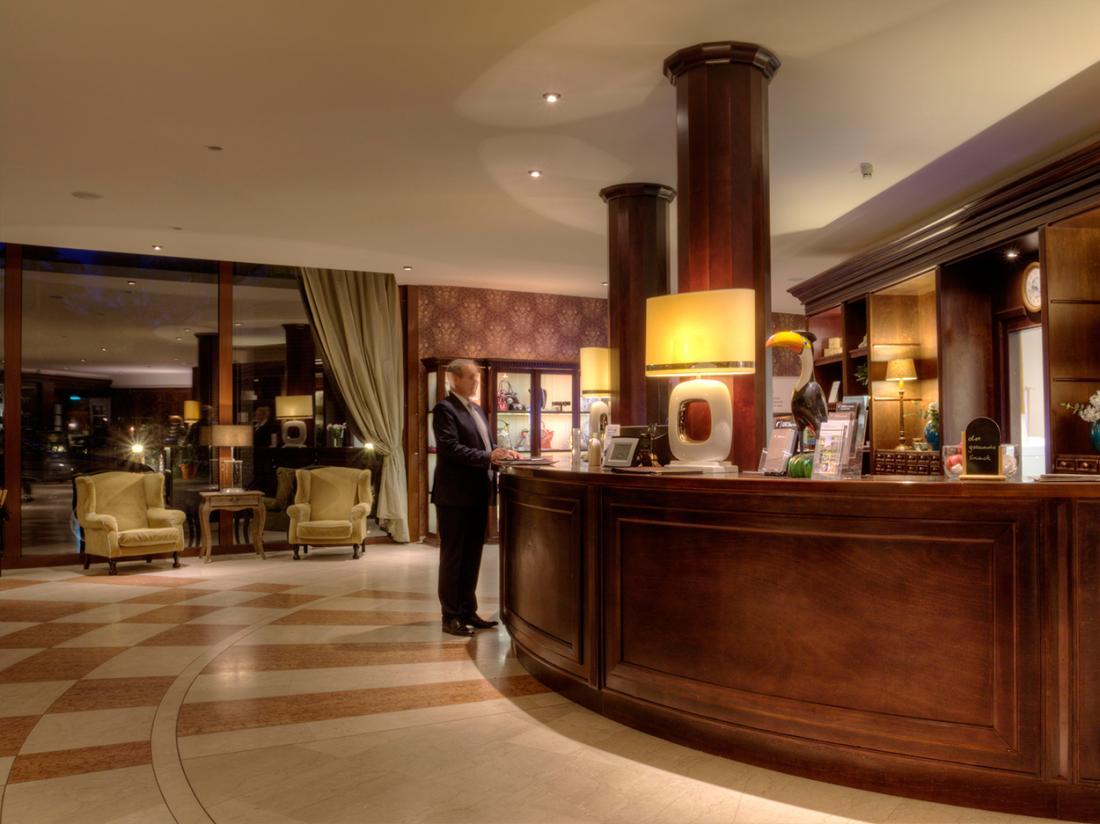 Hotelaanbieding Bersteland Receptie