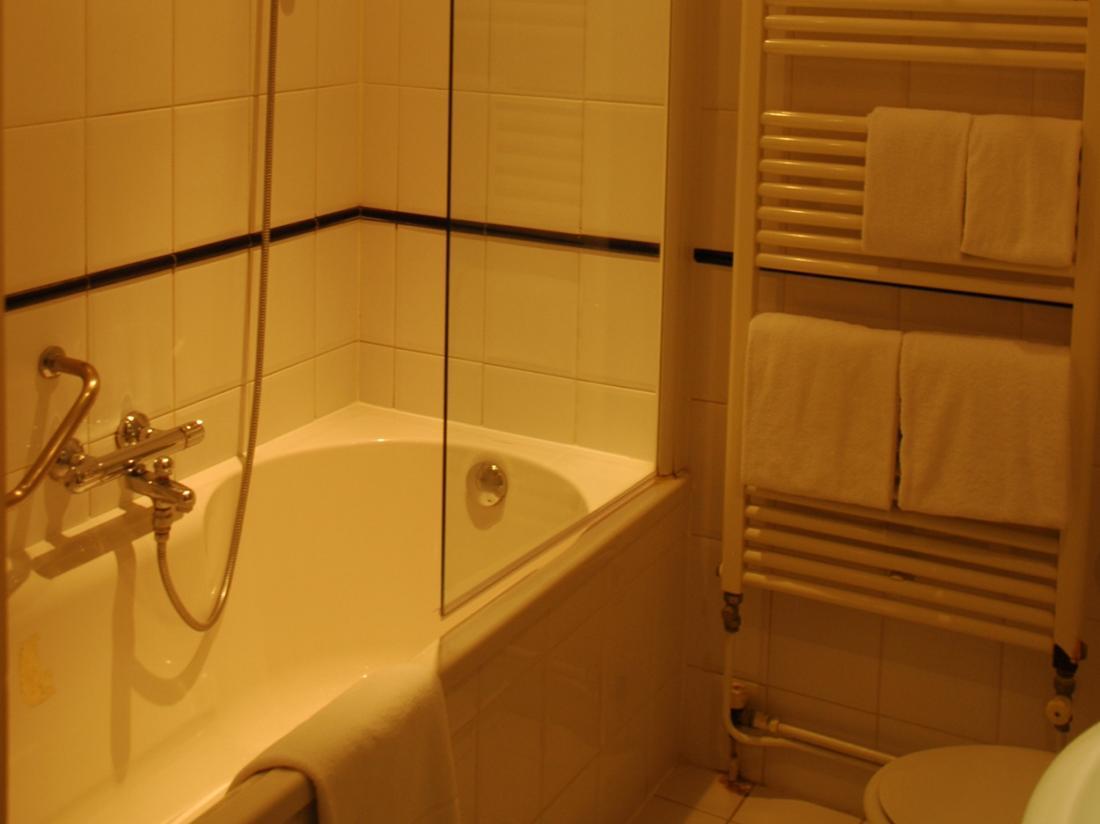 Landgoed Ekenstein Appingedam Groningen Hotel Badkamer