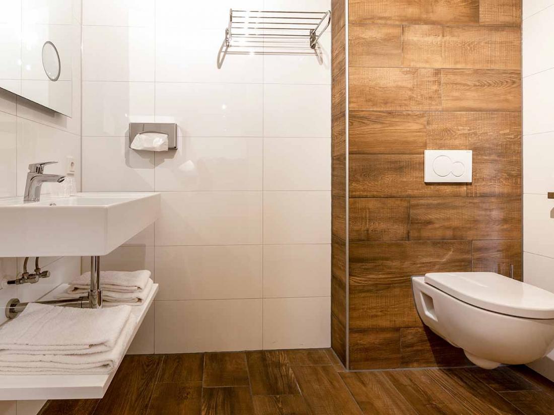 Landhuishotel Herikerberg Economykamer Badkamer Toilet