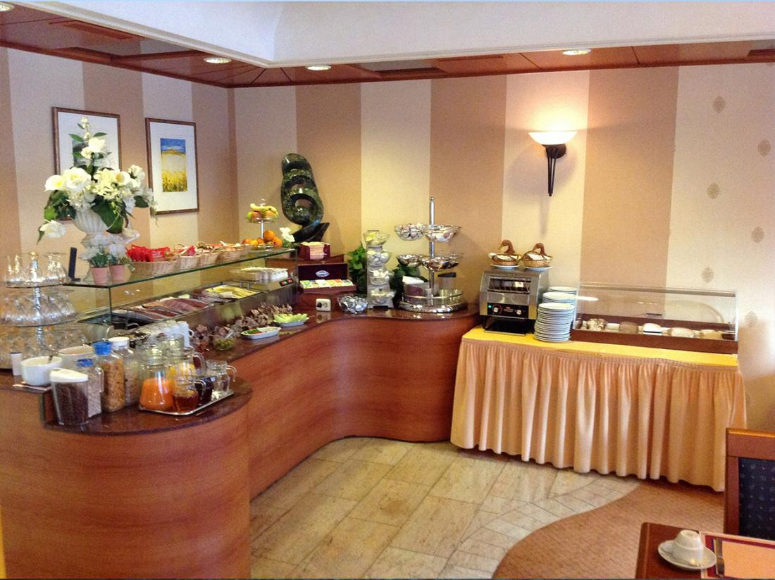 Suydersee Hotel Enkhuizen Hotelovernachting Ontbijtbuffet