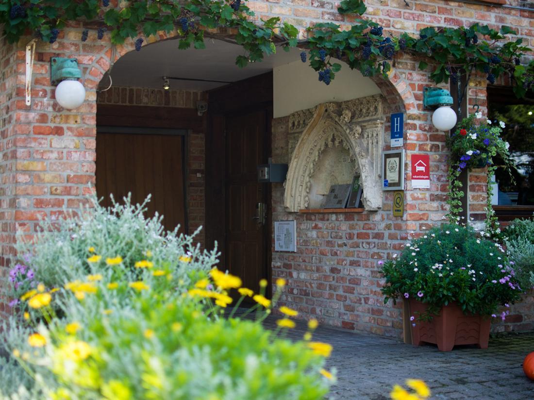 Hotel De Stokerij Belgi Weekendjeweg Overnachting Aanzicht Omgeving