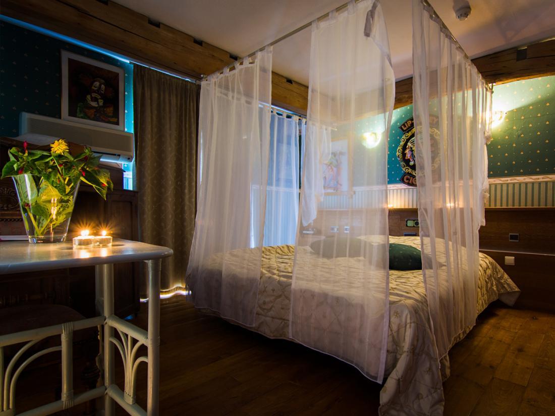 Hotel De Stokerij Belgi Weekendjeweg Vlaanderen Overnachting Kamer