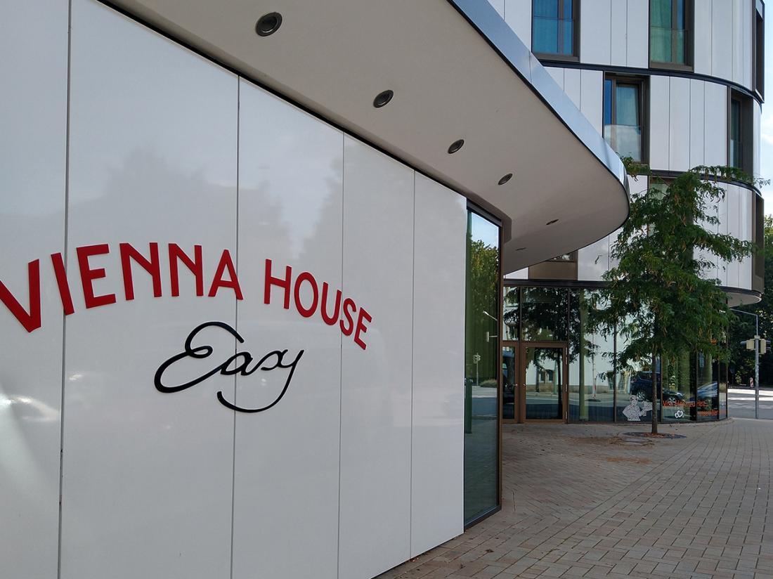 Vienna House Easy Hotel Aanzicht Buiten