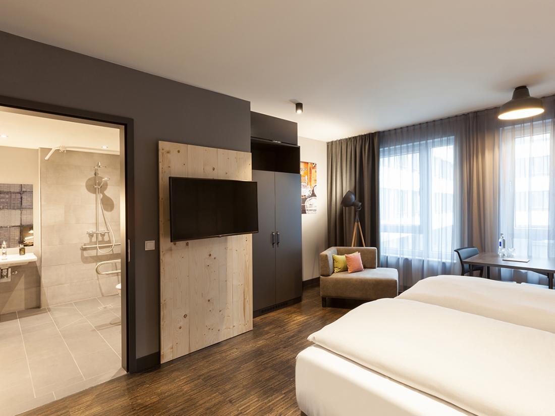 Vienna House Easy Bremen Weekendjegenieten Hotelkamer Rolstoeltoegankelijk