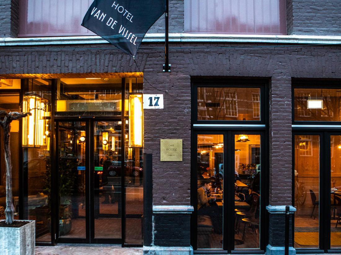 Hotel van de Vijsel Weekendjeweg Amsterdam Buitenaanzicht