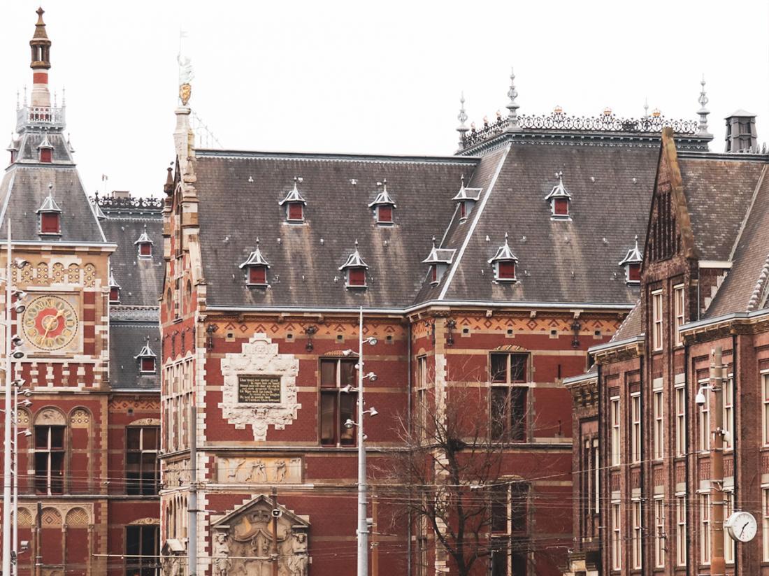 Hotel MAI Amsterdam Hotelovernachting Omgeving