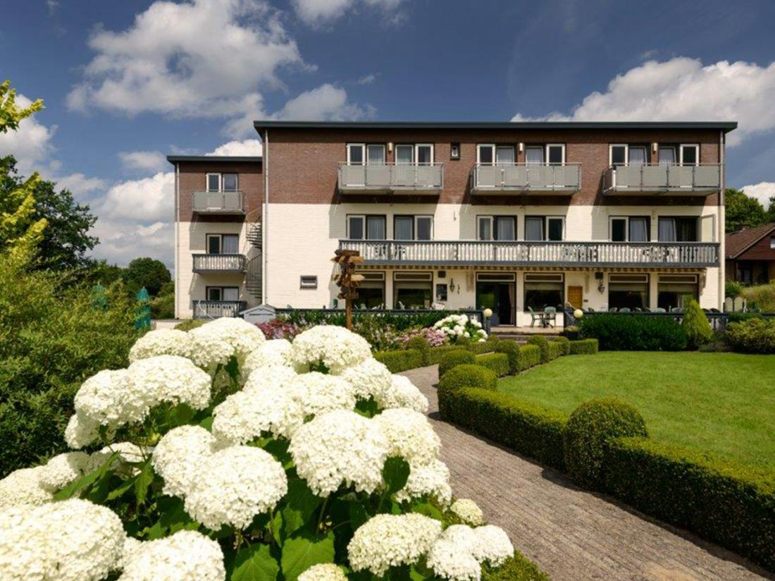 Hotel Bemelmans Weekendjeweg Zuid Limburg Buitenaanzicht