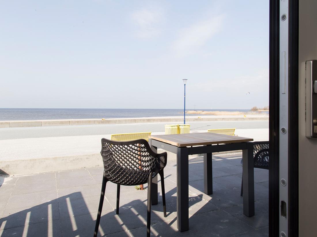 Strandhotel Vigilante Makkum Terras