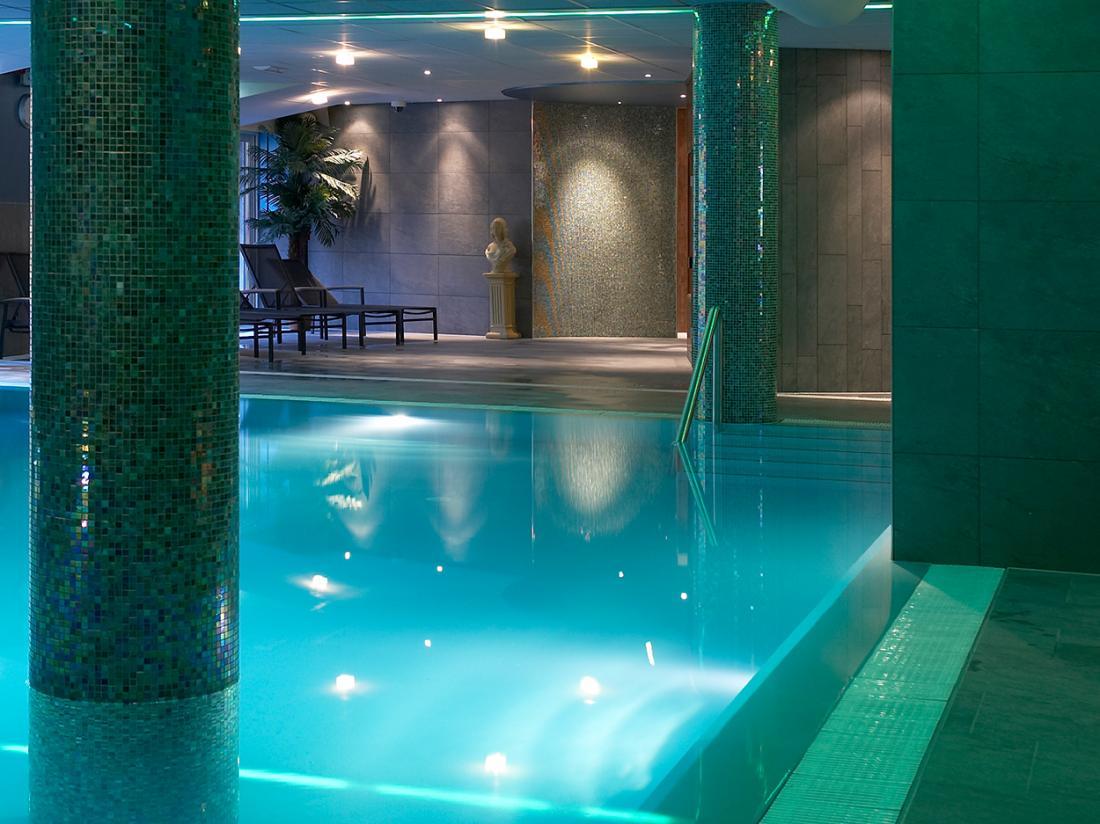 Weekendjeweg Hotel Zevenheuvelen Zwembad