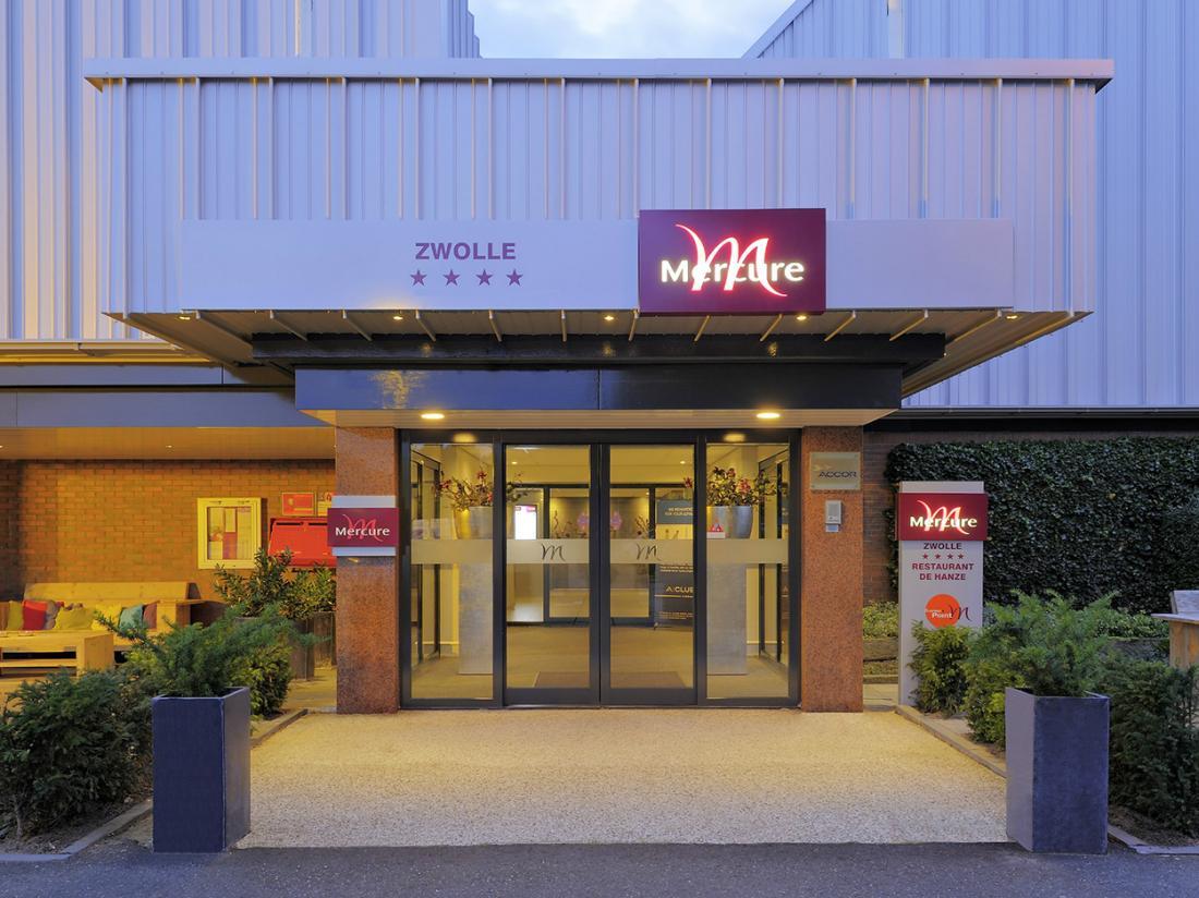 Mercure Hotel Zwolle Weekendjeweg Buitenaanzicht