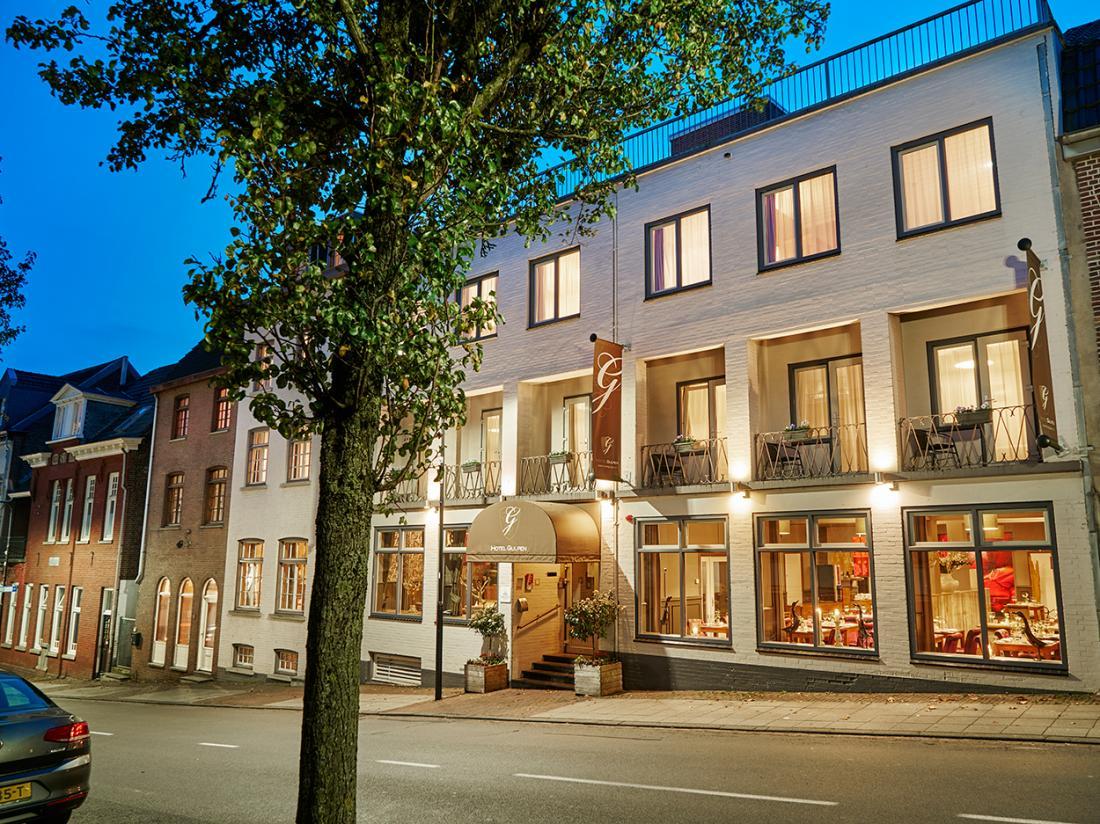 Hotelaanbieding Saillant Hotel Gulpen limburg hotelgebouw