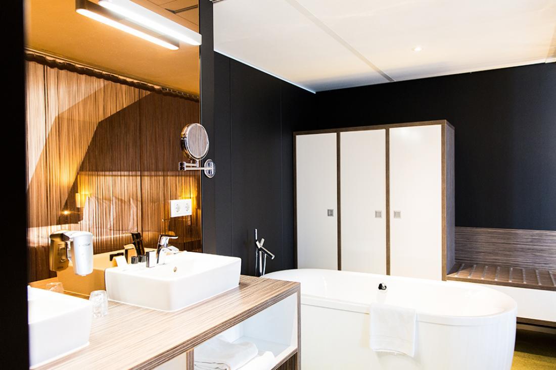 Best Western Plus City Hotel Gouda Suite Badkamer