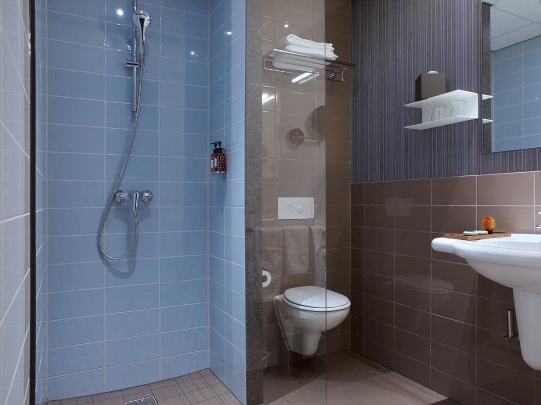 Hotelarrangement Overijssel superior kamer badkamer