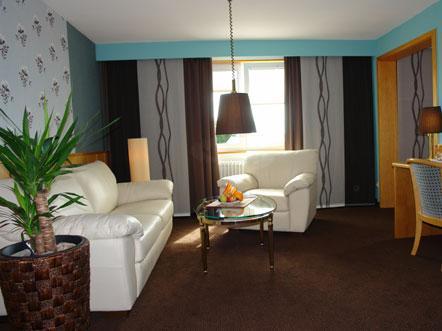 Resorthotel Park Hill Baden Württemberg Lossburg Duitsland woonkamer suite