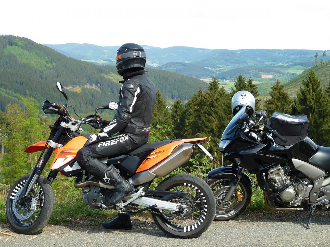 Weekendjeweg Duitsland Motorrijden Uitzicht
