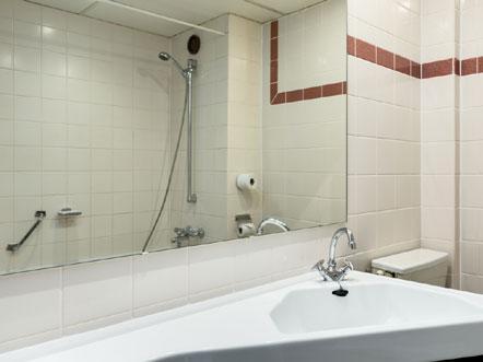nh hotel geldrop noord brabant badkamer