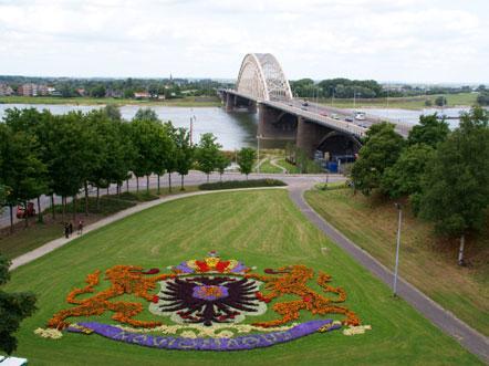 Arrangement Waalkade Waalbrug