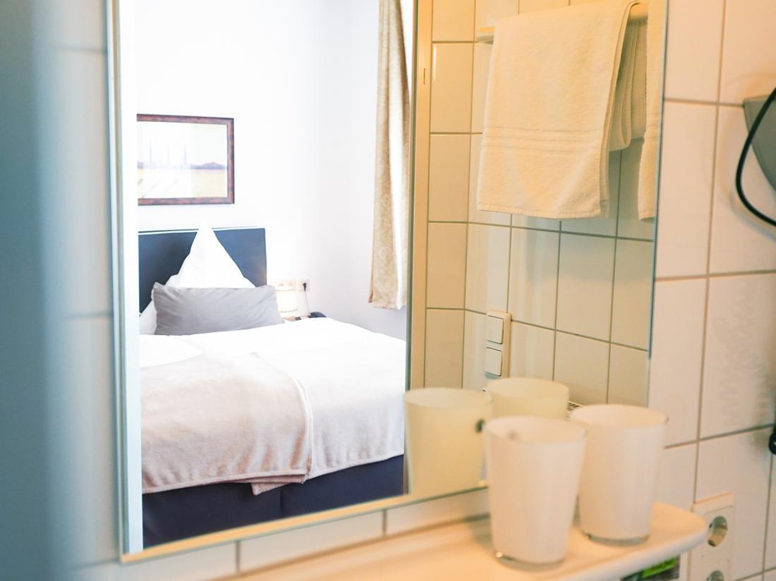 Hotelarrangement Duitsland Hotelkamer Badkamer