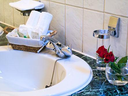 Hotelarrangement Lichtaart Vlaanderen badkamer