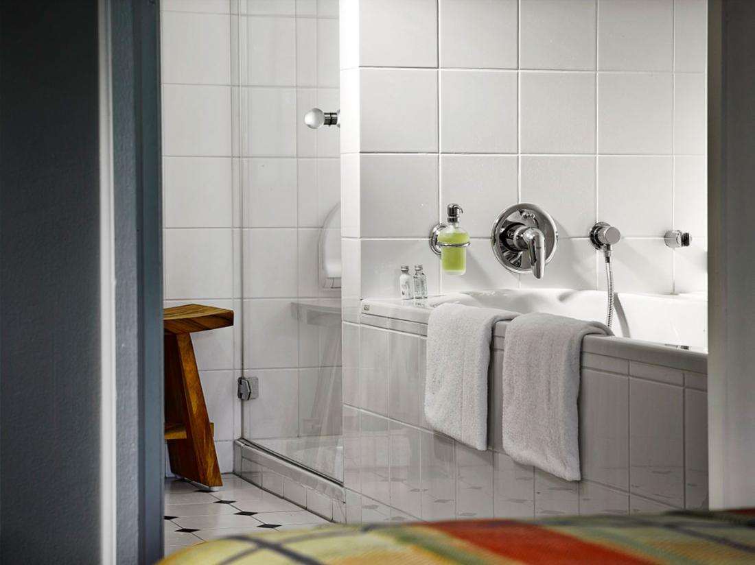 landgoed de holteweijde junior suite badkamer