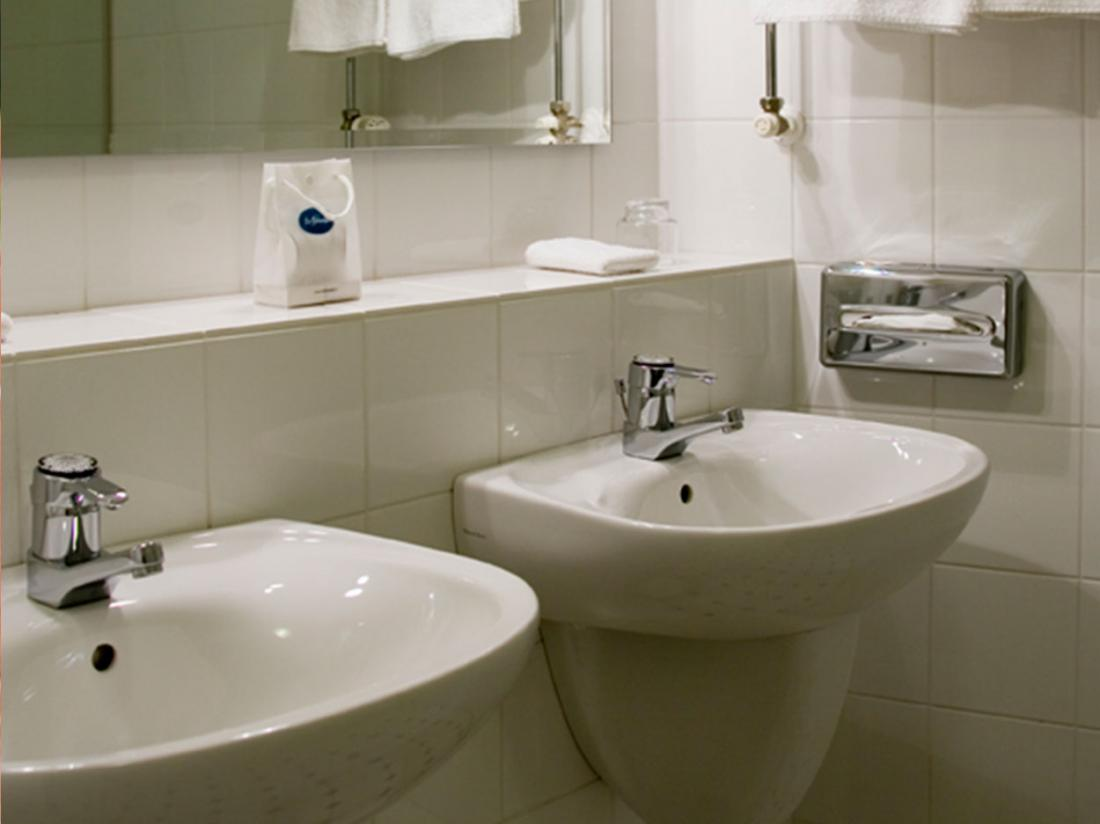 landgoed de holteweijde wastafels hotelkamer