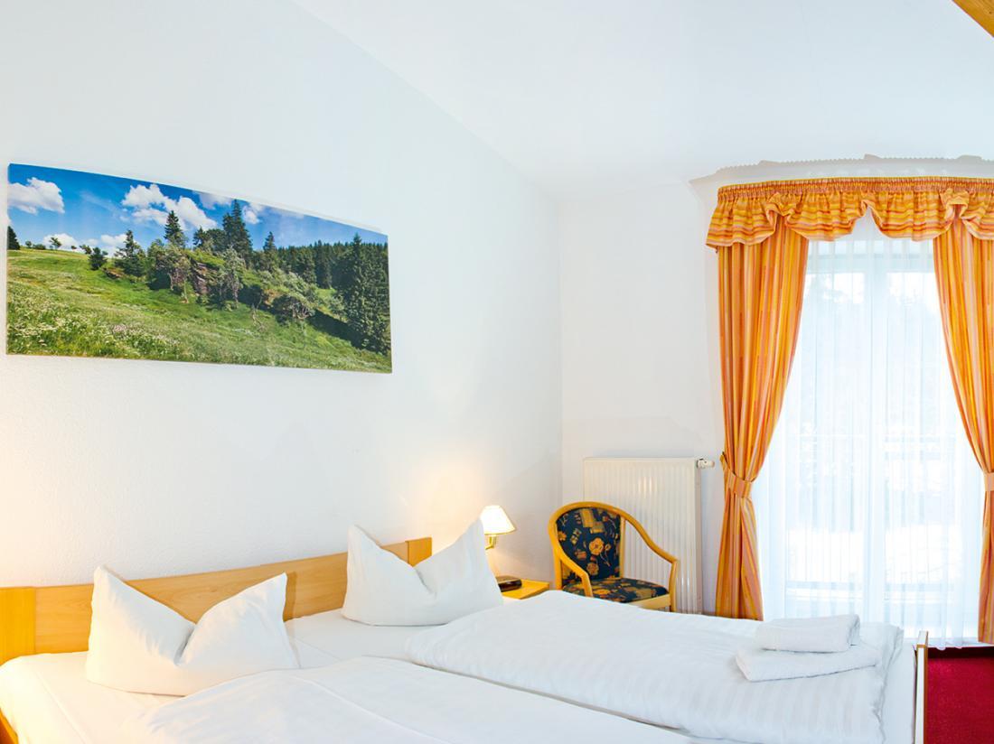 Hotelaanbieding Hotel Haus Oberland Hotelkamer