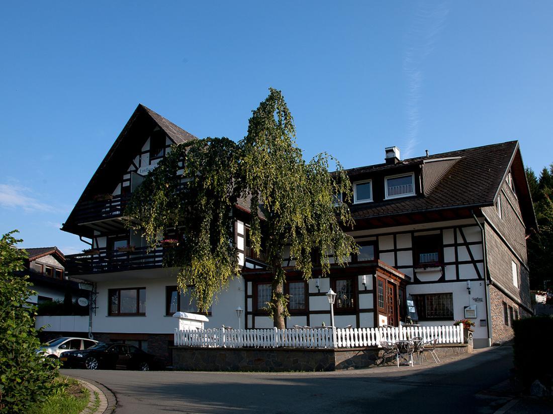 Gasthof Westfeld Schmallenberg Duitsland Vooraanzicht