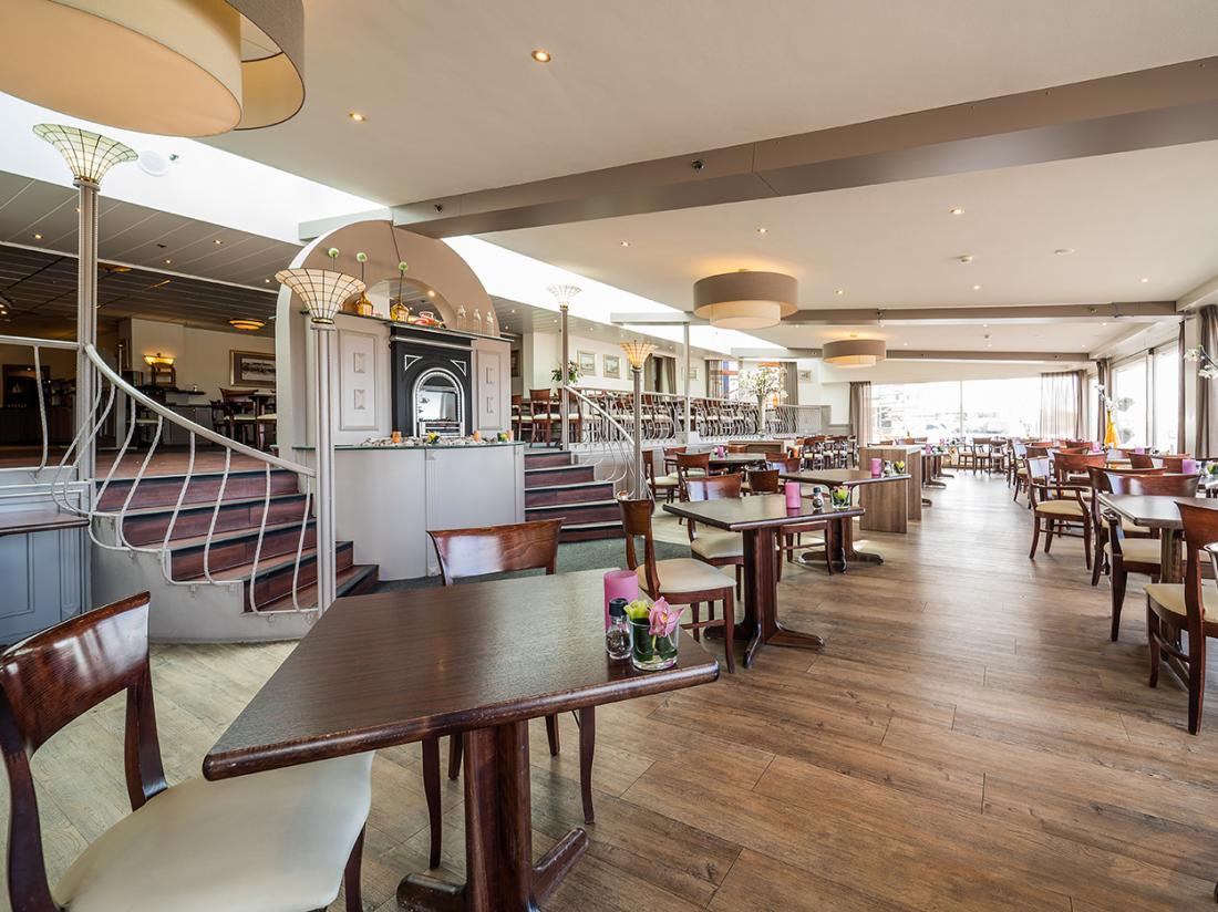 Restaurant Noordwijk Beach diner ontbijt