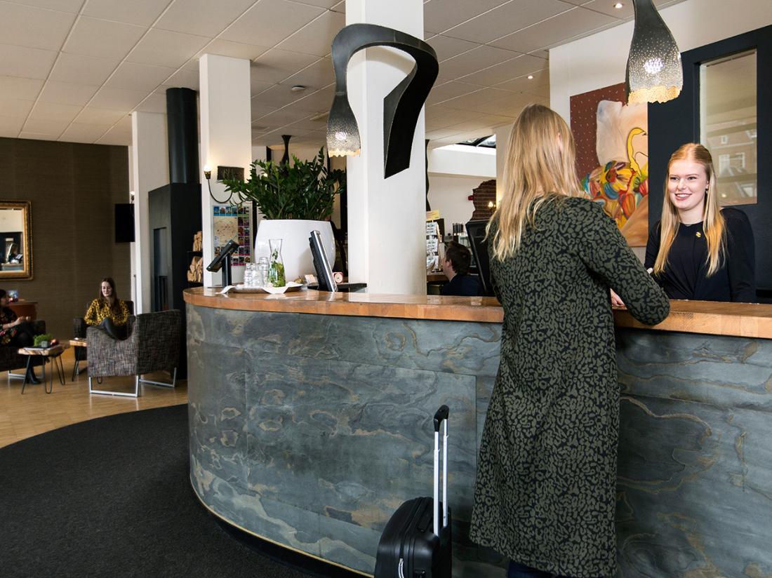 Cityhotel Groningen Lobby