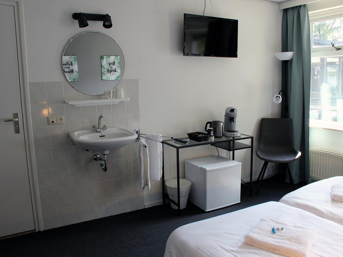 Hotel Wyllandrie Twente Ootmarsum Comfort Tweepersoonskamer Wastafel
