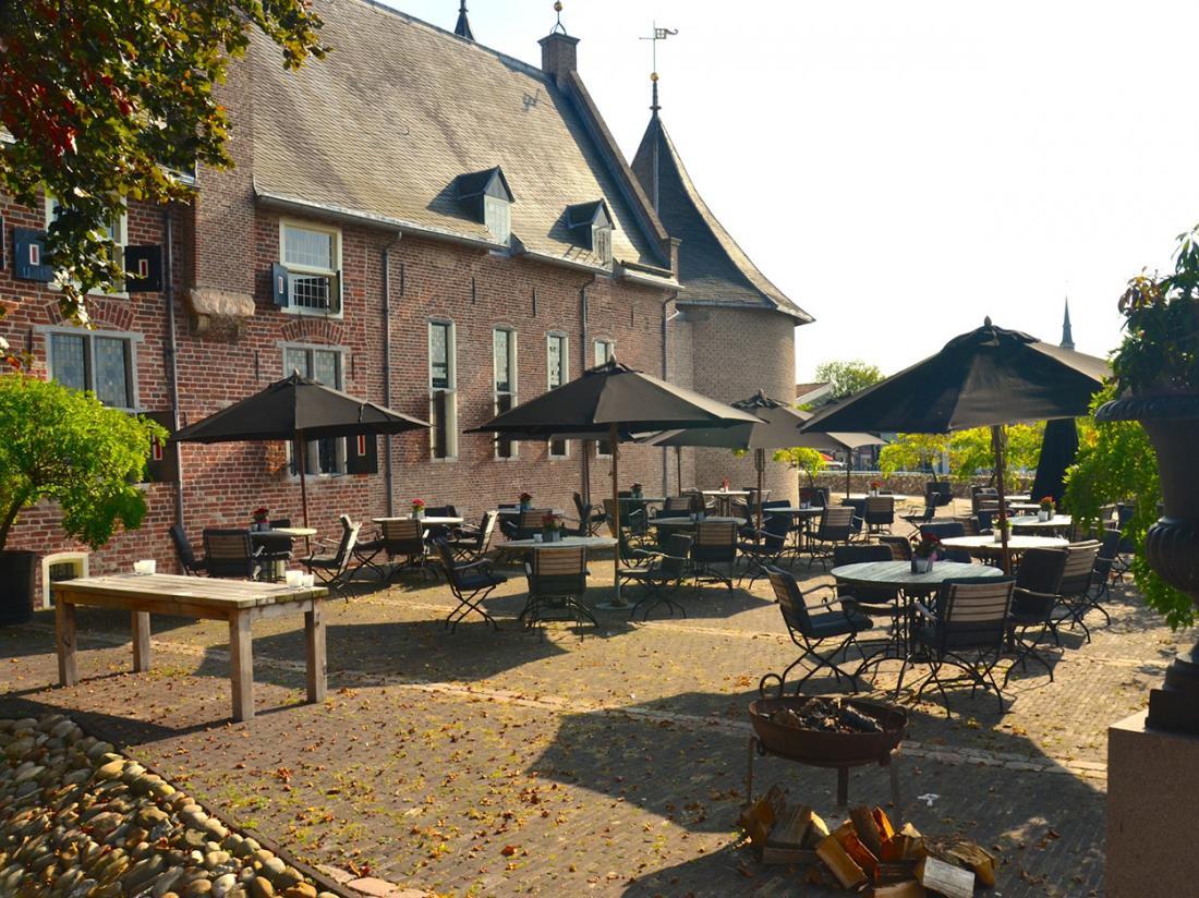Hotel de Vlijt Coevorden Parkzijde Terras Kasteel