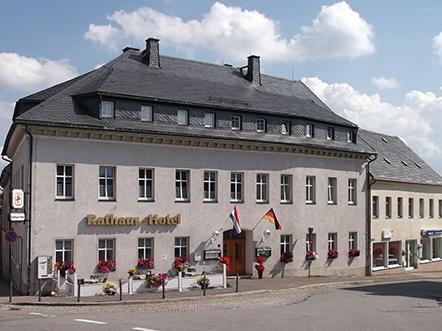 Rathaus Hotel Jöhstadt Aanzicht Zomer
