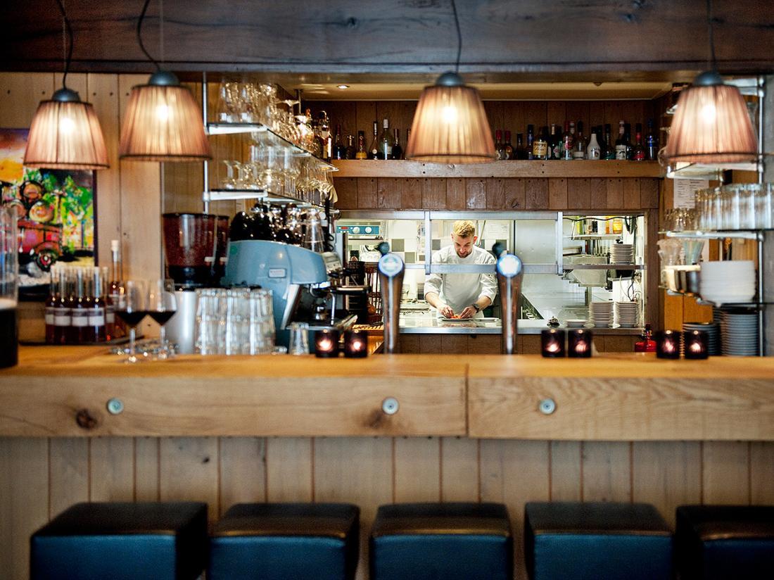 Hotel Wesseling Dwingeloo Bar Keuken