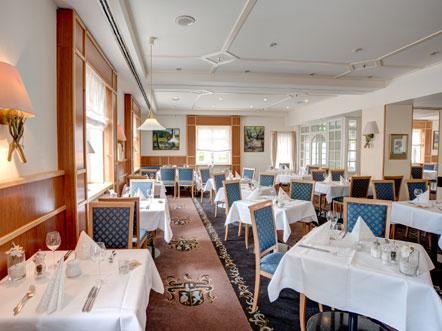 schlosshotel grosser gasthotel ballenstedt restaurant2