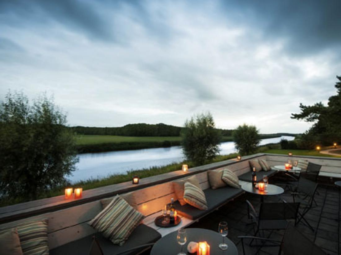 Hotel Mooirivier Dalfsen Overijssel vecht terras