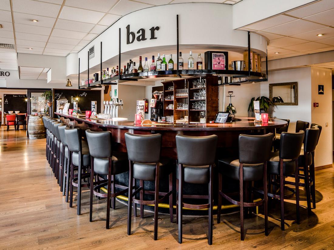 Hampshire Hotel   City Terneuzen Bar