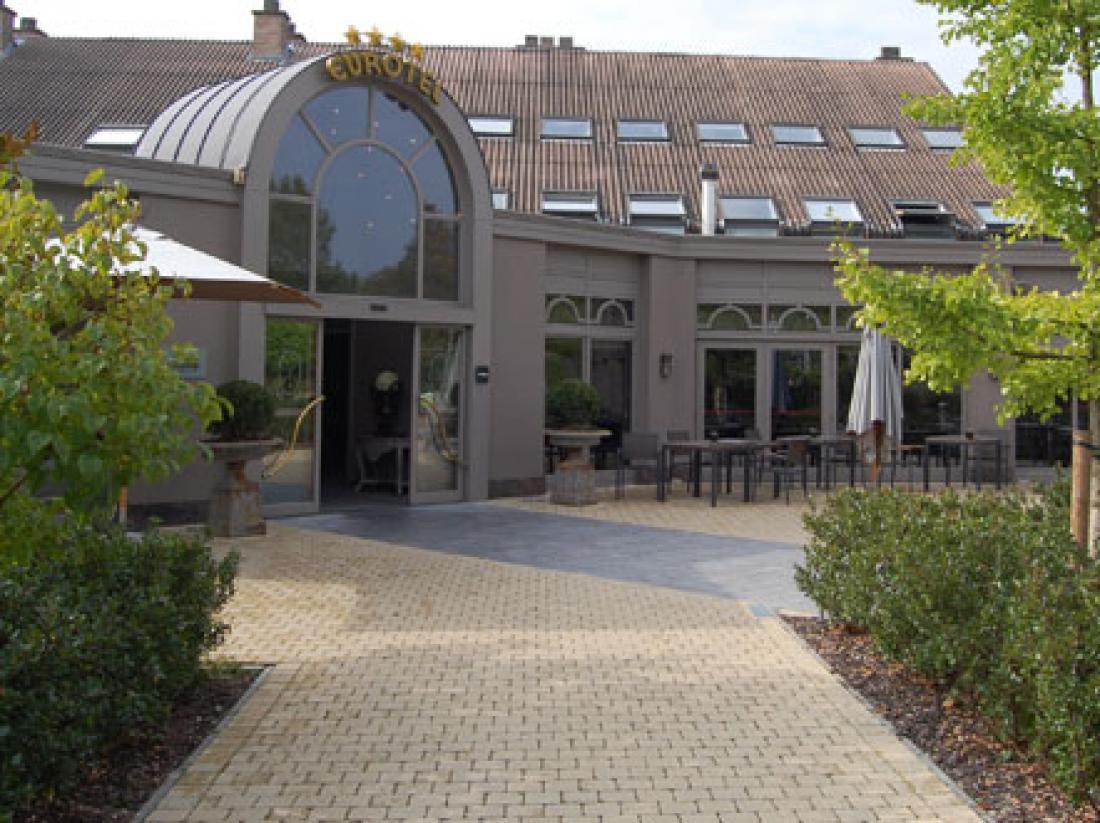 Eurotel-Lanaken-Hotel-Belgie-Limburg-Exterieur
