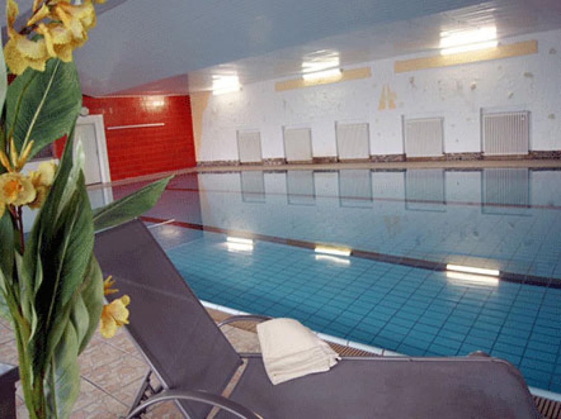 Hotelaanbieding Bad Laasphe Zwembad