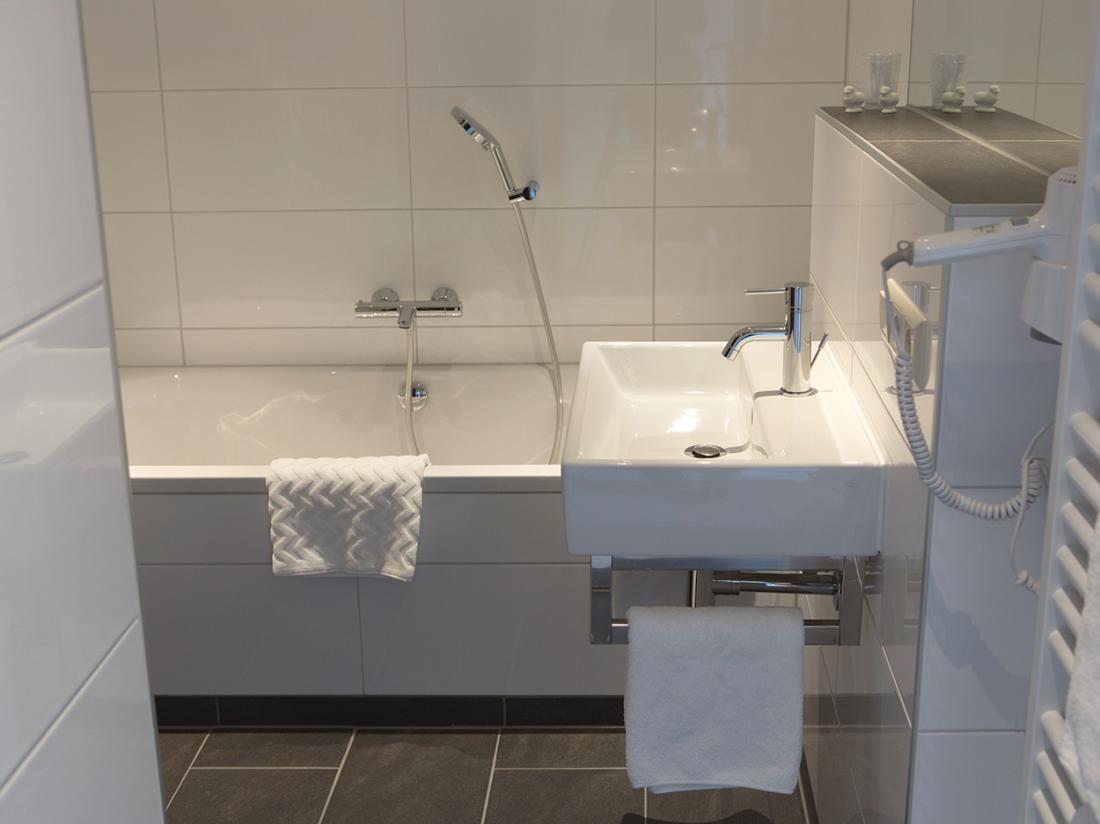 Hotel De Drift Drenthe Dwingeloo Comfort plus kamer Sanitair