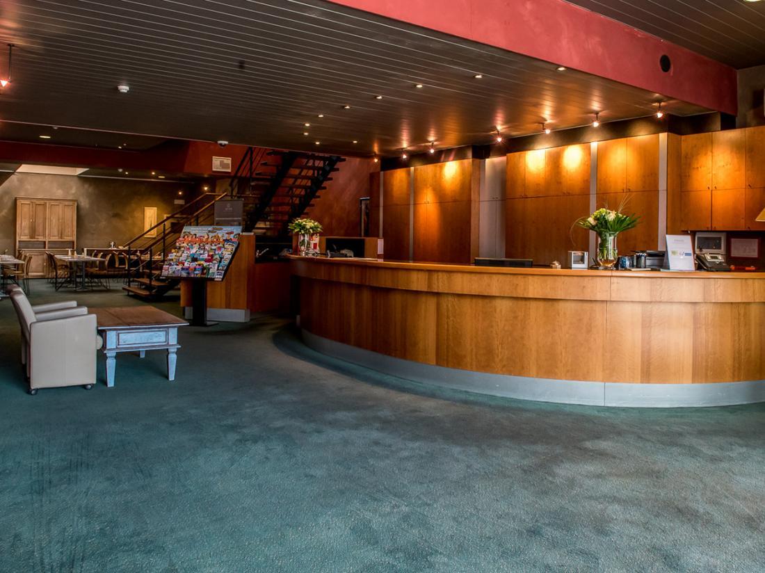 Arass Hotel Antwerpen Aanzicht Belgie Hotelaanbieding Receptie