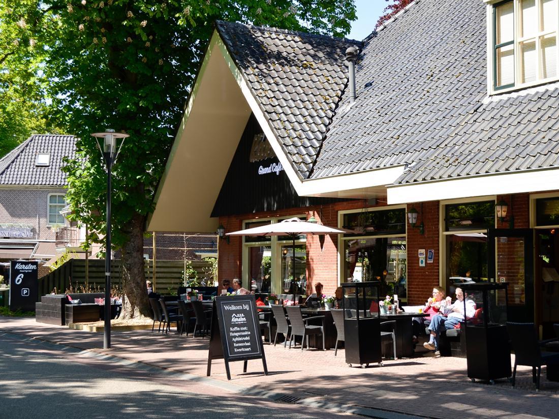 Hotel Karsten Weekendjeweg Norg Drenthe Terras Vooraanzicht