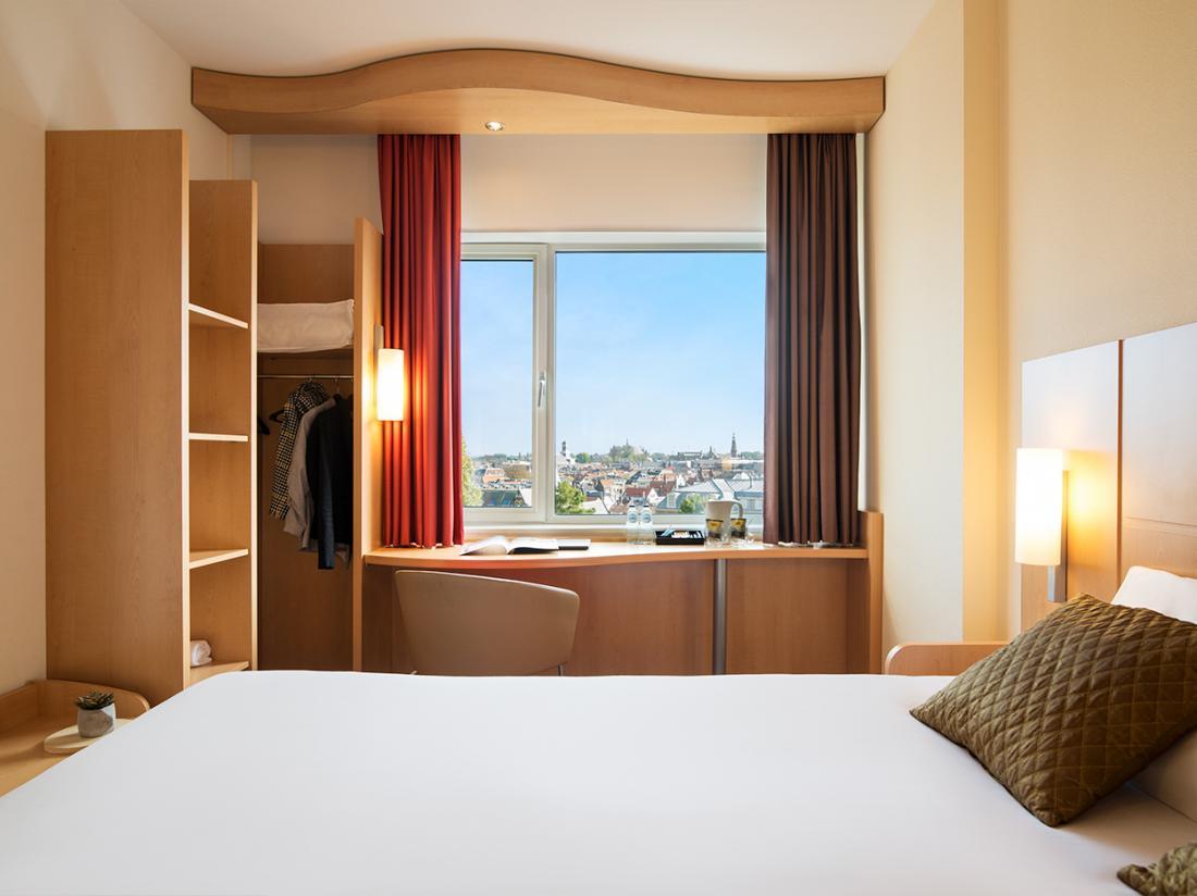hotel leiden noord holland hotelkamer uitzicht